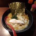 横浜家系らーめん三元 すすきの店 - 醤油ラ~メン