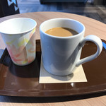 カフェ・ベローチェ - ブレンドコーヒー  たっぷりて¥200税込みです♪