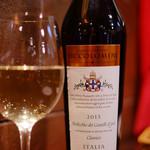 イタリアンキッチン Sa - ヴェルディッキオ・デイ・カステッリ・ディ・イェージクラシコ 2015       コンテ・オタヴィオ ピッコロミニ
