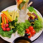 64908913 - 15種野菜のバーニャカウダ