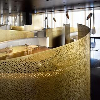 特別なひとときを演出する、洗練されたデザイン空間。