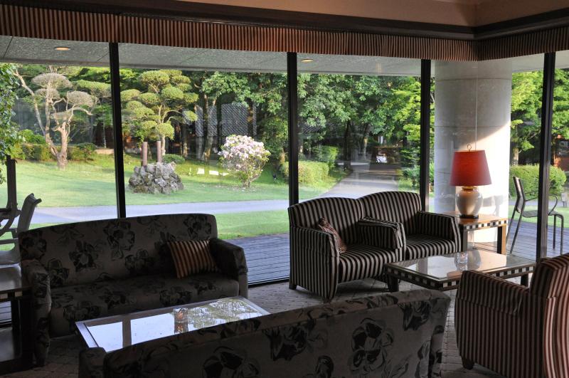 箱根ハイランドホテル ラウンジ