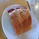 64931266 - セットのパン