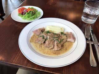 ラ ジルエット - 【ワンプレートランチ】(1100円税込)メインの桃豚もも肉のロースト。