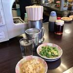 平野屋 - 雲子卵とじ+エンドウ豆卵とじ+熱燗