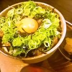 神蔵 - 海鮮ユッケ丼 690円