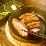 神蔵 - 厚切り牛タンステーキ 890円