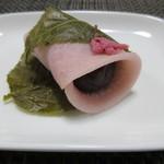 福泉 - 料理写真:桜餅150えん