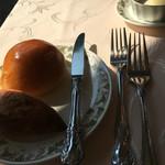 64939980 - パンは、ハード系と柔らかいパン。美味しい!
