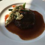 64939983 - メイン牛頰肉赤ワイン煮、赤ワインがきき過ぎず、                       お子様からお年寄りまで、好きなお味!                       牛肉、凄く柔らかいです!