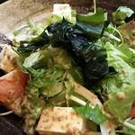 64942347 - 豆腐サラダ(通常は630円、写真はハーフサイズ)