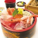 海鮮茶屋 濱膳 - 久慈浜海鮮丼