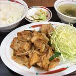 福よし - 豚キムチ定食 750円。