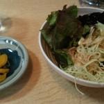 64949367 - セルフの野菜と漬物
