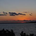 64950649 - 風と浜名湖と夕陽と