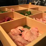 焼鶏あきら - 鶏七輪焼(本日仕入れから八種)