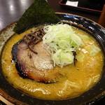 すすきのらぁめん膳 - 料理写真:らぁめん小(麺100g)(味噌)(740円)