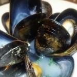 シブヤバル209 - ムール貝の白ワイン蒸し