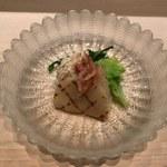 64954502 - 平貝と桜海老と毛蟹の煮つけ