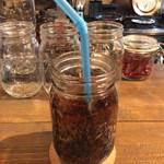 """トゥーランド カフェ - 「コーラ」。この店では初めて飲んだ。こういうのに入っていると、なんとなく""""コメダ""""を思い出す。"""