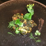 Felicelina - オオミゾ貝のフライパン焼き、香草バターソース