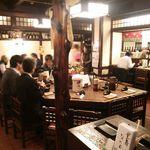 なにわ亭 - 店・店内の一例 2015年12月