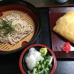 弁天うどんふたば亭 - 料理写真:ざるそば=500円 ジャンボイナリ=250円