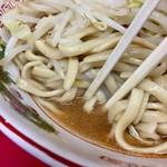 ラーメン二郎 - 汁無しだがスープ多め