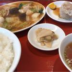 梅華楼 - 日替り定食 うま煮 850円 (シイタケin)