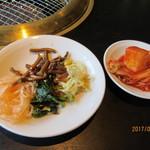 うしわか - 料理写真:ナムル&キムチ