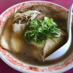 豚菜館 - 中華そば 中 醤油