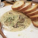 64972096 - カキと木の子のクリーム煮¥680