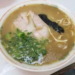 竜里 - 「ラーメン」(550円)。とても美味しかったデス。