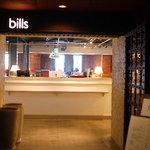 bills 横浜赤レンガ倉庫 -