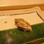 寿司割烹 魚紋 - コハダ