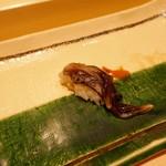 寿司割烹 魚紋 - 生とり貝