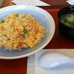 山田うどん食堂 - チャーハン(税込480円)