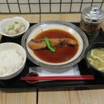 64993761 - 長崎 天然ブリ 煮付け定食1