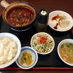 中国家常菜 しんた - 四川風麻婆豆腐定食、750円です。