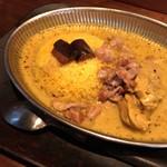 ヌンクイ - 骨つき鶏クリーミィ