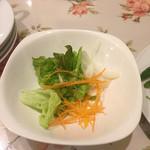 キャナリィ・ロウ - 前菜バイキング
