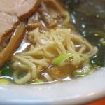 中華いずみ - 麺 アップ