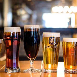 世界のビールや大阪箕面のクラフトビールが飲み比べられます♪