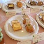 クリケット - 焼き菓子コーナー  リーズナブルで個性豊かなお菓子
