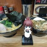 せい家 - 豚丼セット(太麺、790円)