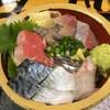 タカマル鮮魚店  - 料理写真:地魚丼