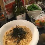 65035392 - 生ウニのクリームパスタ、お野菜のピクルス