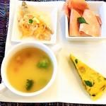 キッチンスヌーグ - 前菜とスープ