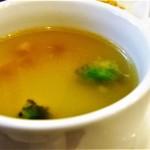 キッチンスヌーグ - コンソメスープ