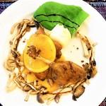 キッチンスヌーグ - 骨付き鴨肉のソテー オレンジソース